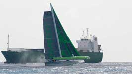 Phaedo 3 at 30 knots
