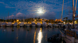 Full moon in Pointe a Pitre